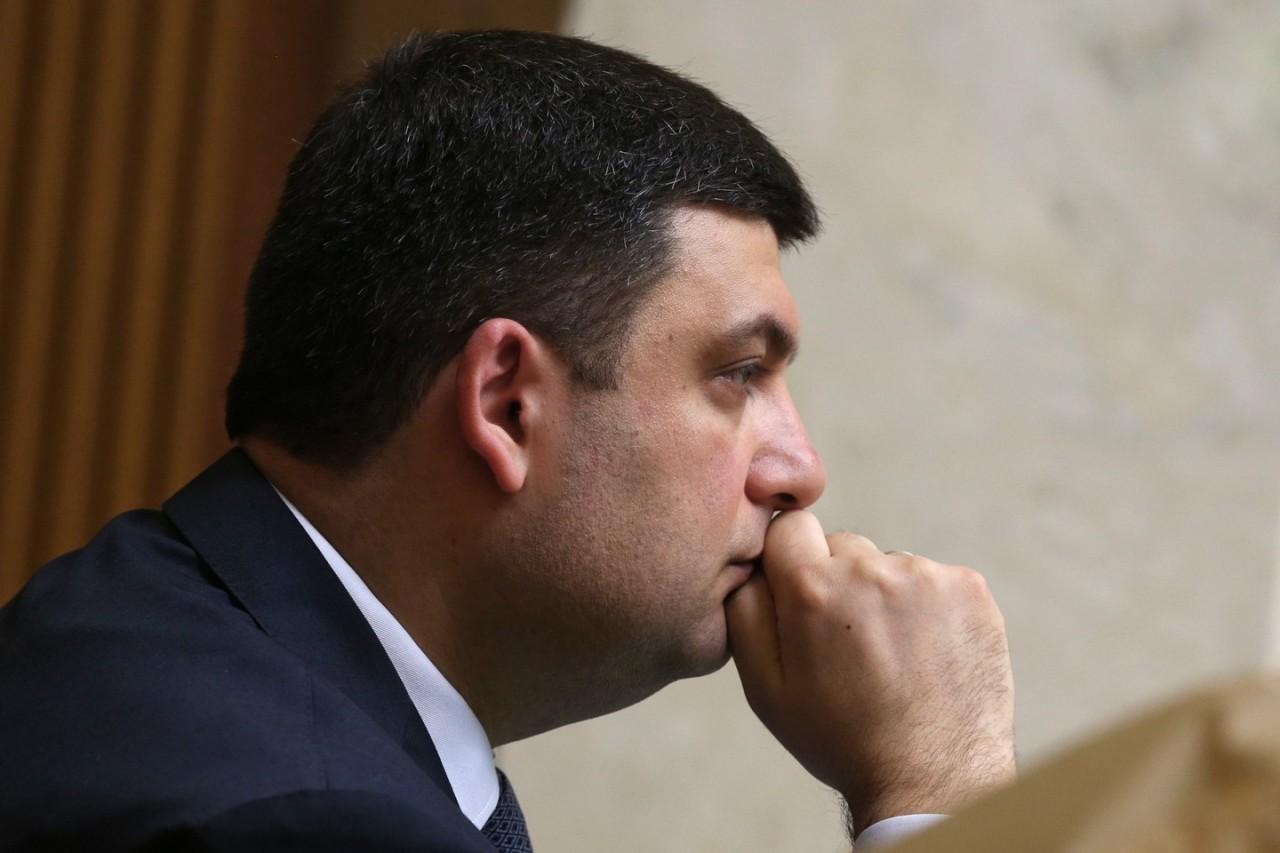 Премьер-министр Украины устал лгать о достойных пенсиях и зарплатах