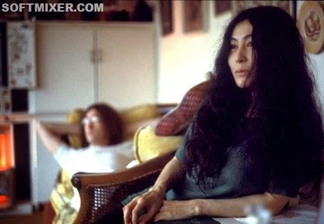 Yoko-Ono-e-John-Lennon_main_image_object(2)