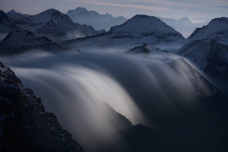 Водопад облаков в лунном свете горы, красиво, небо, облака, природа, творчество, фото, фотограф