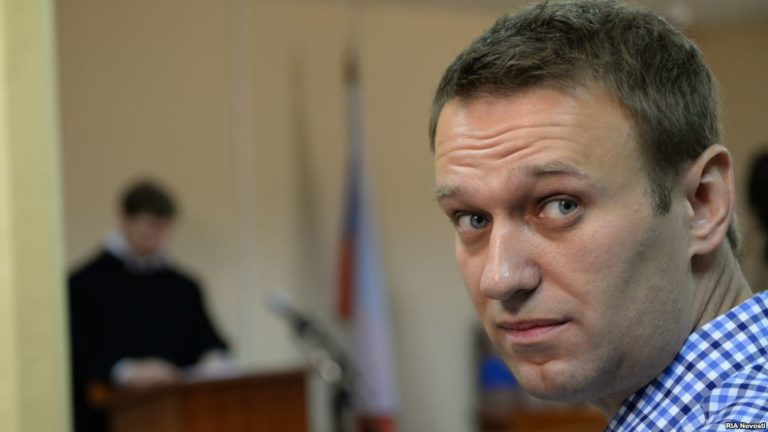 Суд лишил Навального возможности принимать участие в выборах президента России