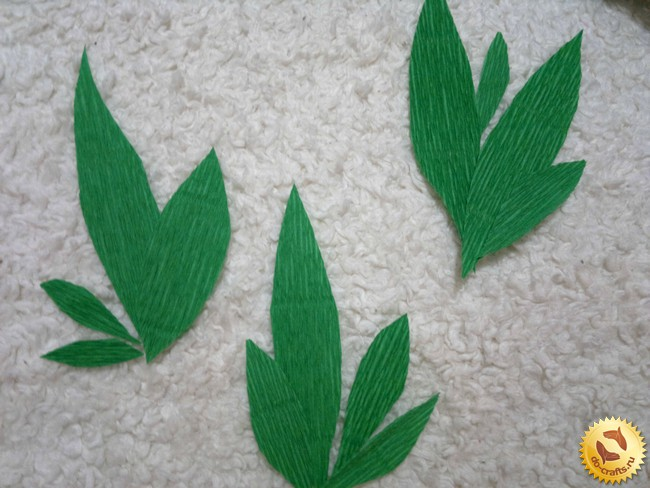 Зеленые листья из бумаги своими руками