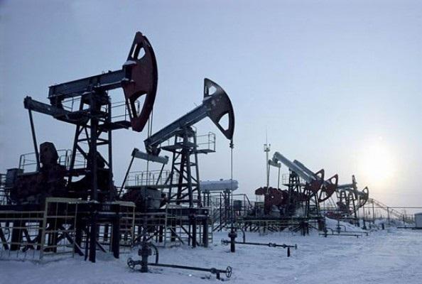 Добыча нефти в России превыс…