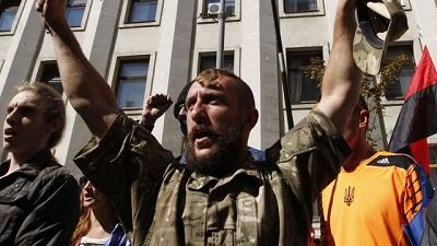 В Киеве зреет новый бунт – «Правый сектор» идет на митинг
