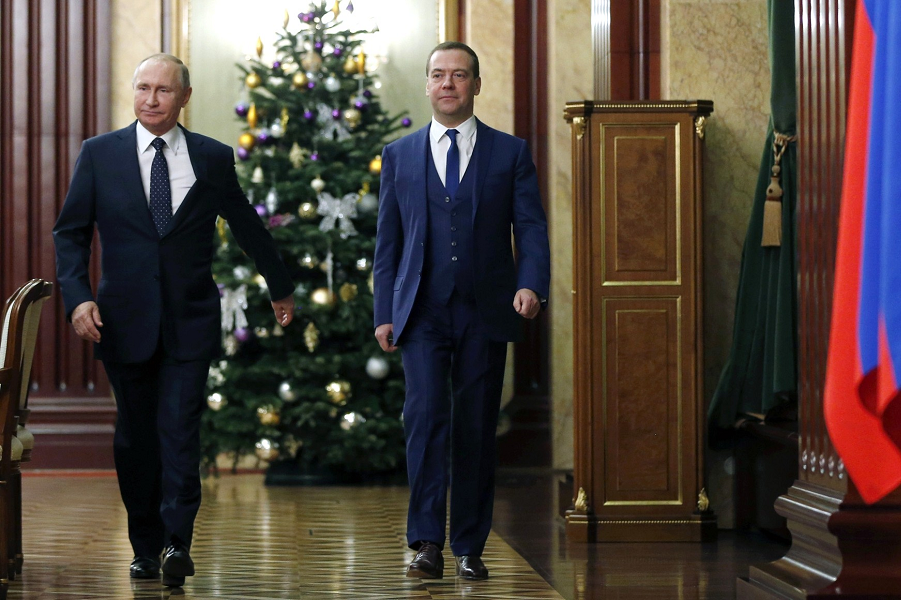 Путин посетил «хозяйство Медведева». О чем это говорит?
