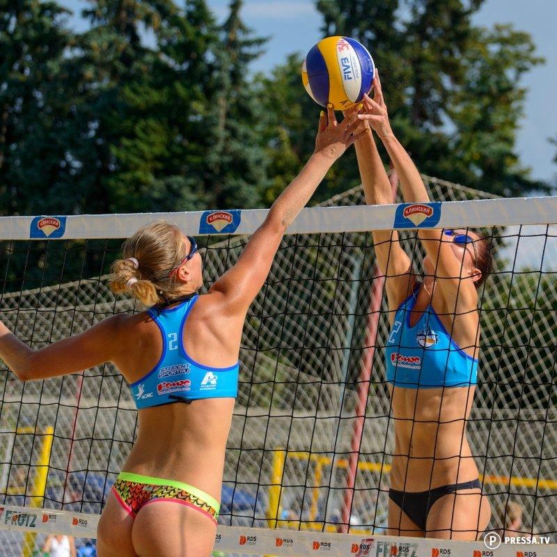 Красотки на песке. Женский пляжный волейбол