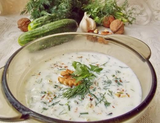 Холодный суп Таратор - идеальное блюдо в летнюю жару!