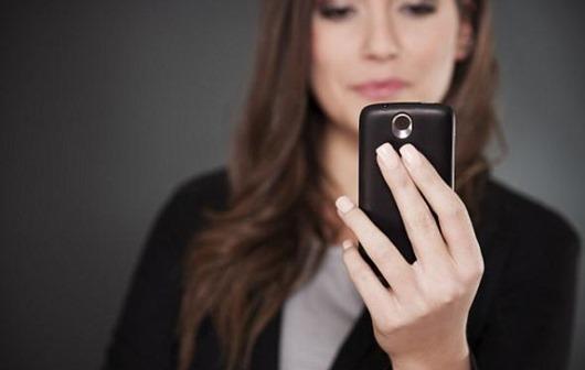 Как ваш любимый мобильник вредит вашему организму