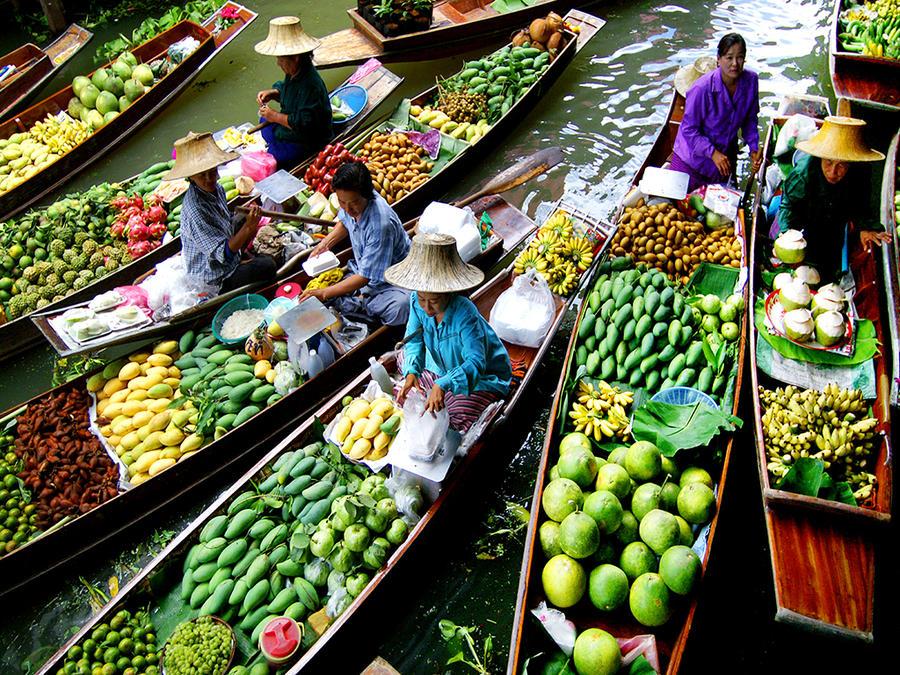 Рынки на воде по всему миру