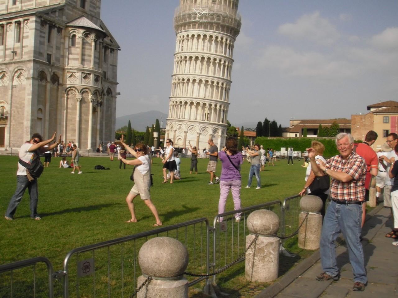 ТОП-15 самых смешных отзывов туристов в июле