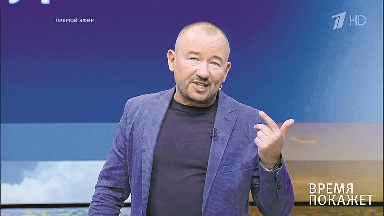 Артем Шейнин становится королем скандала