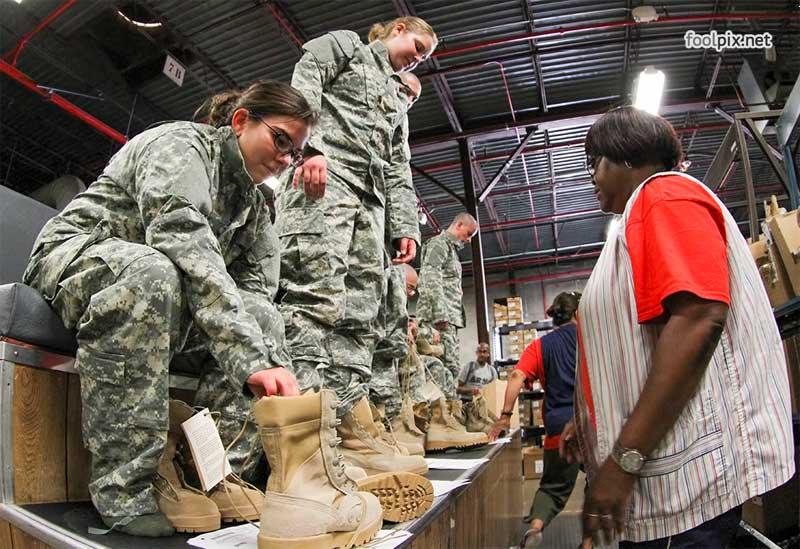 Девушки на службе в армии фото 38