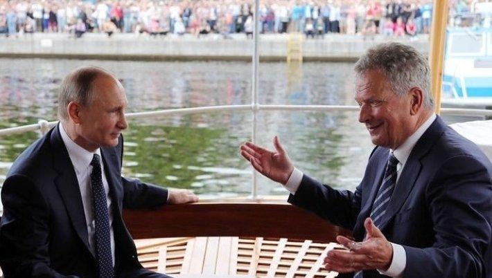 Путин подарил президенту Фин…