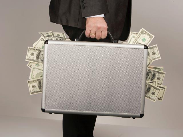 Генпрокуратура РФ: десятки миллиардов долларов, похищенных в России, отмываются за рубежом