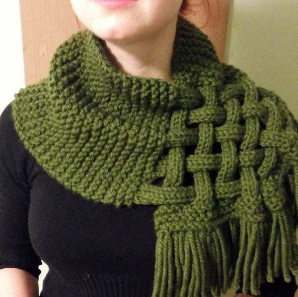 Снуд-шарф с элементами плете…