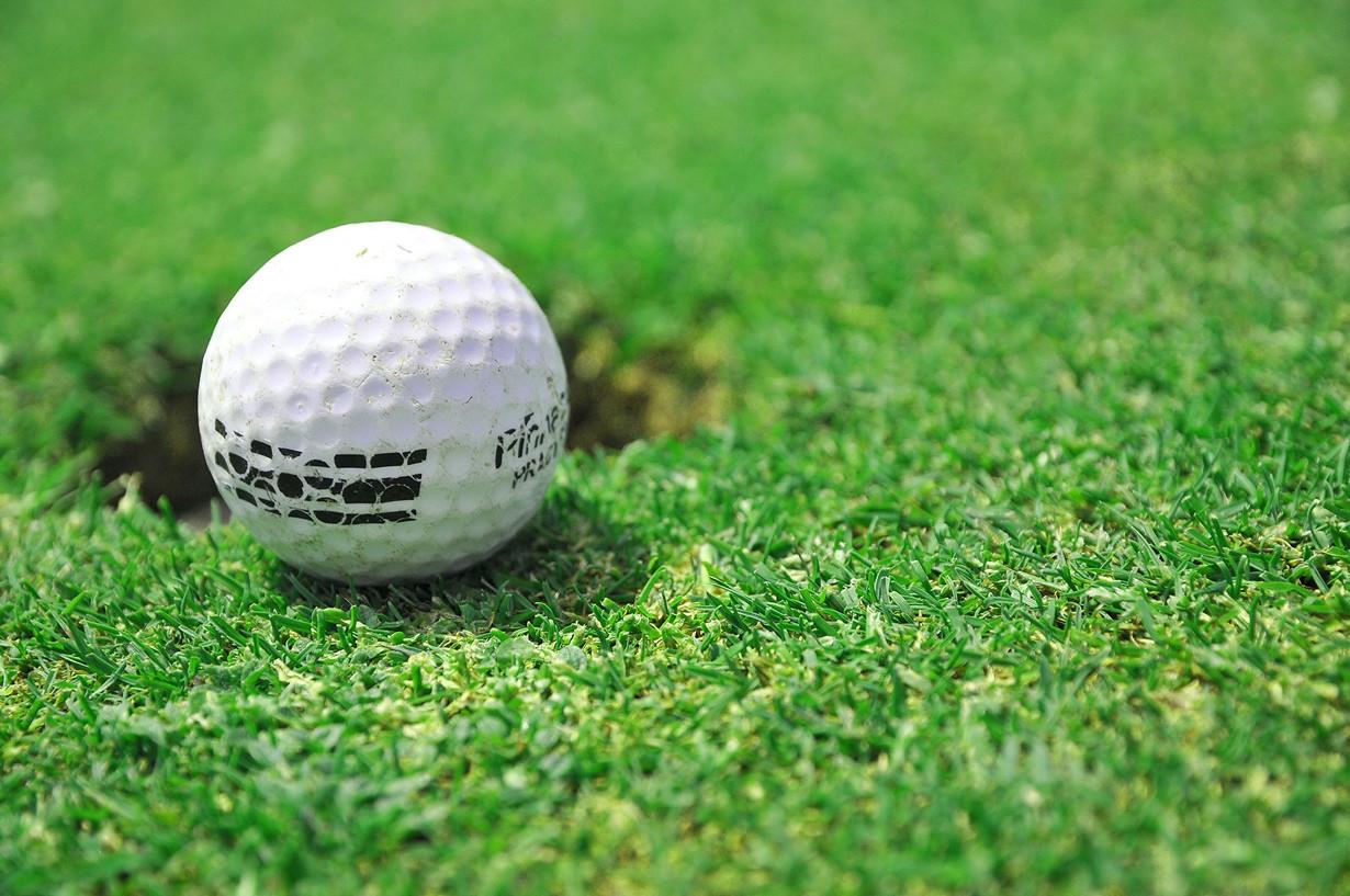 7. На границе Швеции и Финляндии находится гольф-клуб; его лунки расположены по обе стороны границы факты, швеция