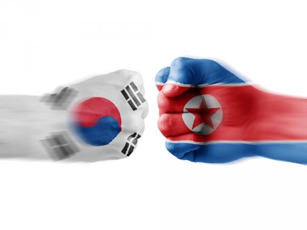 Южная Корея пообещала нанести жесткий удар по КНДР в случае провокаций