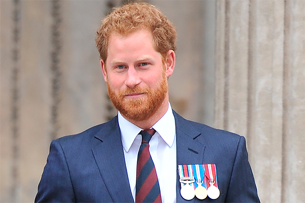 От неблагополучного принца Гарри беременна 19-летняя