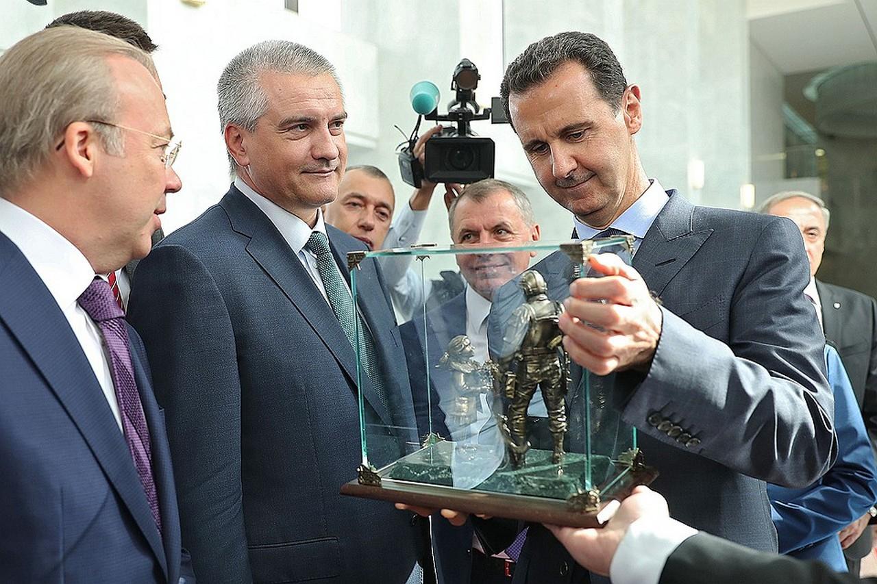 Крым, Сирия и «Вежливые люди» — символы нового мира