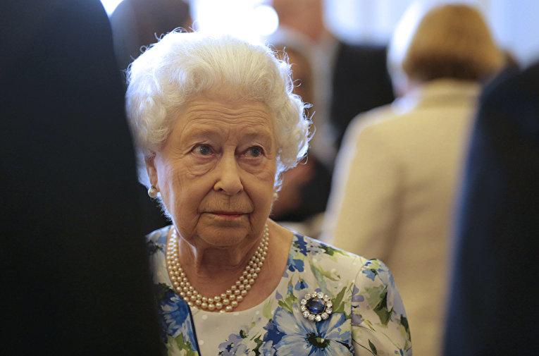 У королевы Елизаветы II нашли в офшорах 13 млн долларов