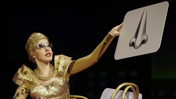 Дебютная роль Ксюши Собчак в театре обошлась госбюджету в 360 тысяч