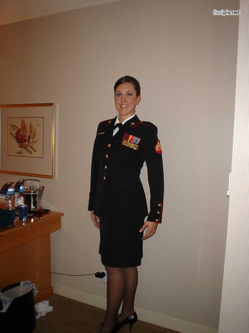 Девушки на службе в армии фото 68