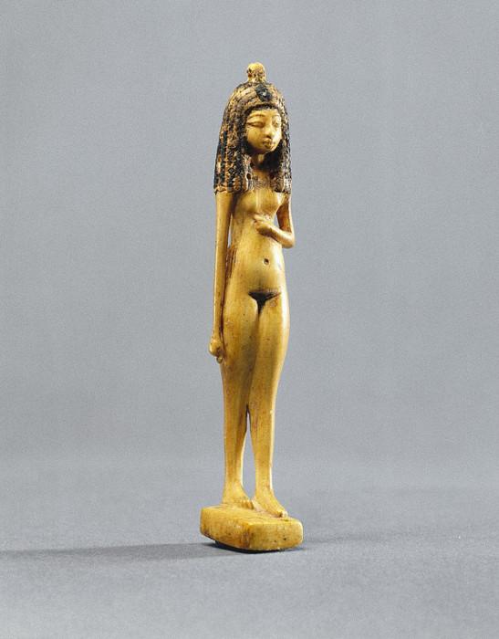 Статуэтка обнаженной девушки. Около 1390-1353 г.г. до н.э. Новое Царство. 18 династия. | Фото: www.brooklynmuseum.org