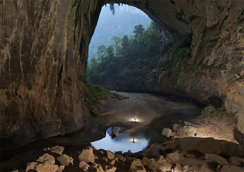 Спот: самая большая в мире пещера Шондонг