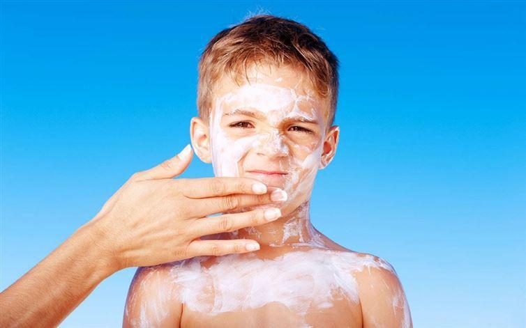 9. Миф: Крем от солнца ядовит безопасность, загар, лето, солнце