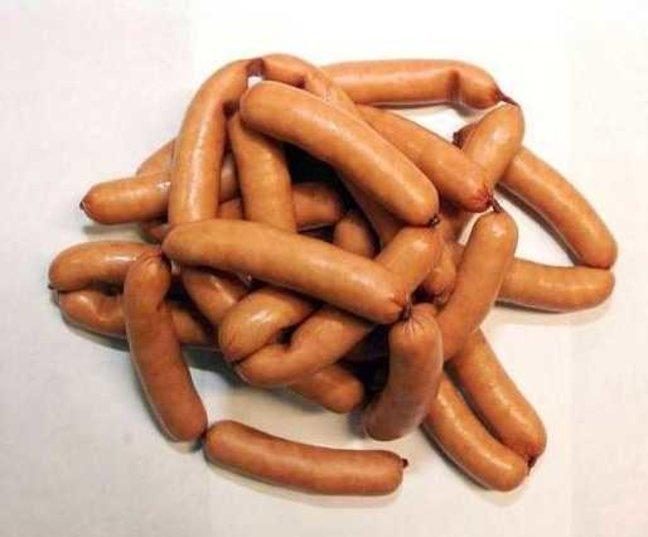 Простой рецепт домашних сосисок