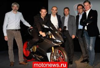 Автогонщику Себастьену Ожье вручили эксклюзивный Ducati Panigale