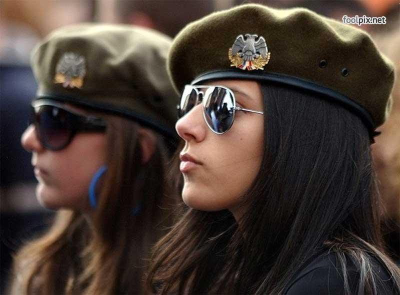 Девушки на службе в армии фото 25