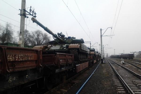 Танки в Донбассе (ФОТОфакт)