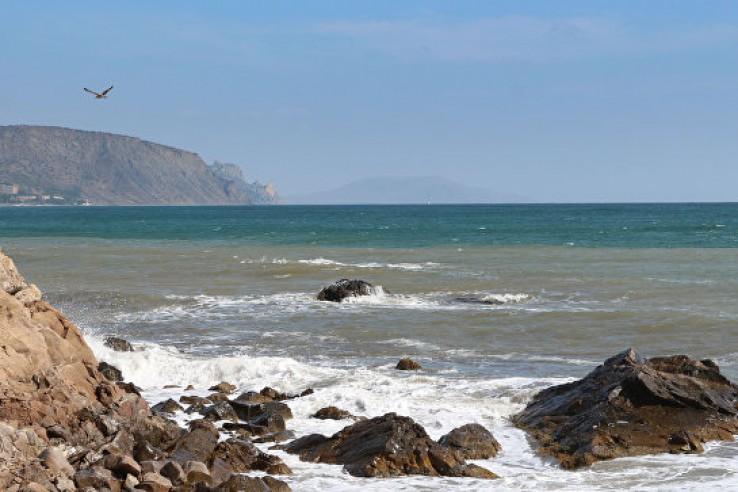 В море у берегов Феодосии за…