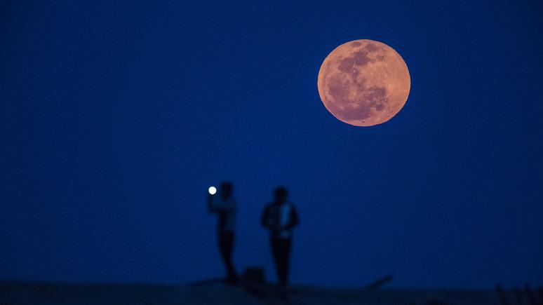 Asia Times: к 2020 году в Китае намерены запустить в космос «вторую Луну»