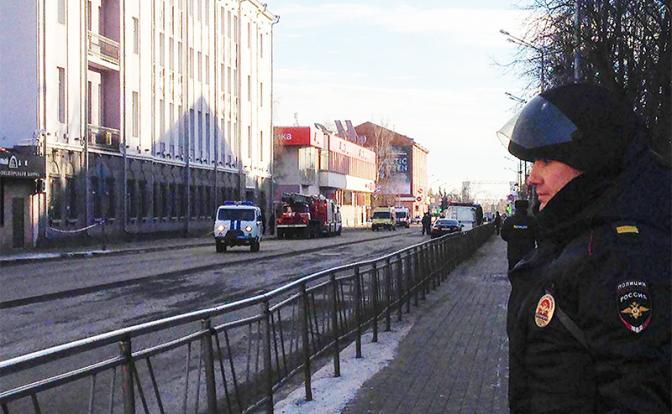 Эдуард Лимонов: Пришла пора …