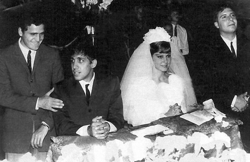 Адриано Челентано и Клаудия Мори: 50 лет вместе Адриано Челентано, КЛАУДИЯ МОРИ, европа, знаменитости, свадьба, юбилей