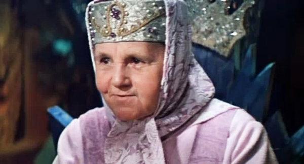 Варвара Попова в фильме-сказке «Варвара-Краса, длинная коса» (1969)