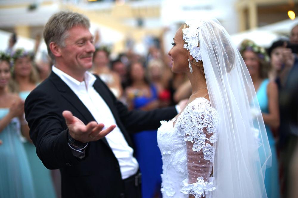 На свадьбе навки и пескова фото со свадьбы