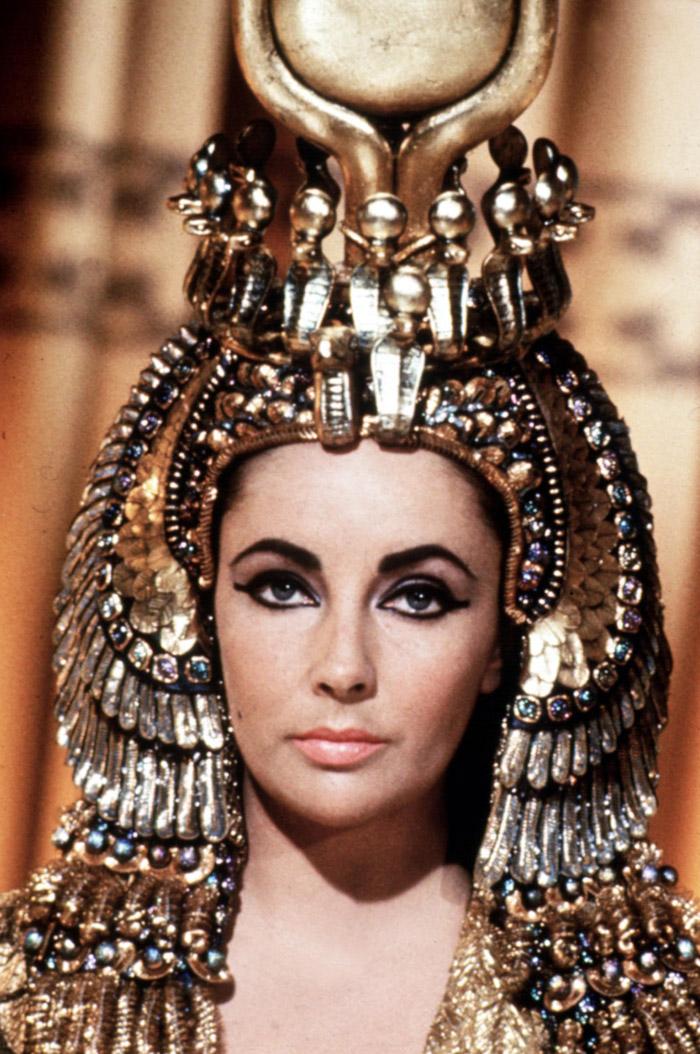 Элизабет Тейлор (Elizabeth Taylor) на съемках фильма «Клеопатра» (Cleopatra) (1963), фото 1