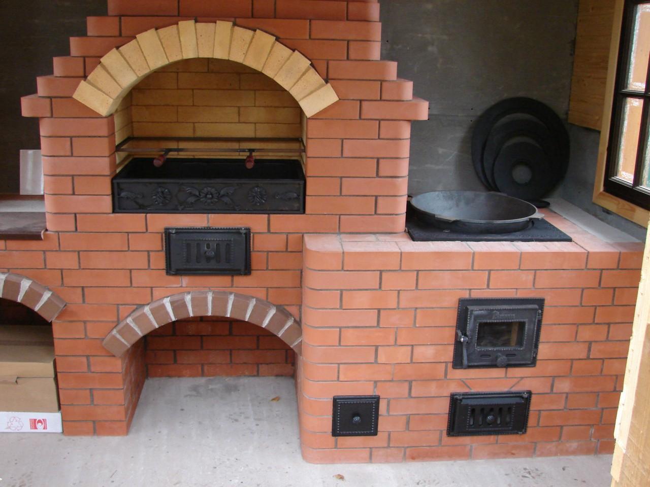 Уличная печь с мангалом своими руками на даче 21