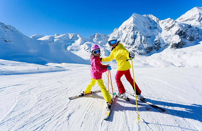 Готовь лыжи летом. Россияне уже бронируют новогодние туры
