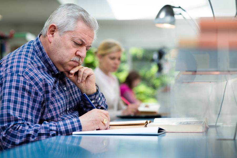 Что будет с работой и зарплатами из-за нового пенсионного возраста? Кризис ждать?