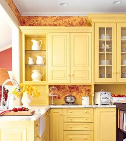 Отделка стен кухни разными материалами