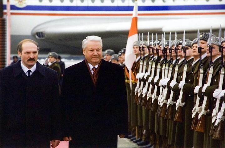 Как Лукашенко едва не стал президентом России