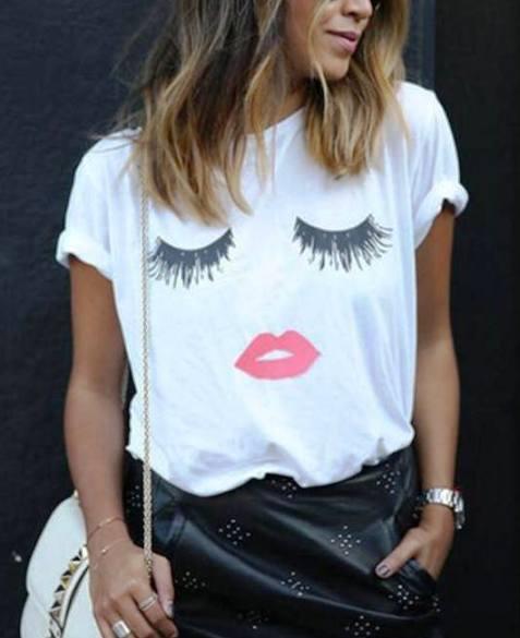 Какие футболки в моде этим летом — 5 трендовых вариантов