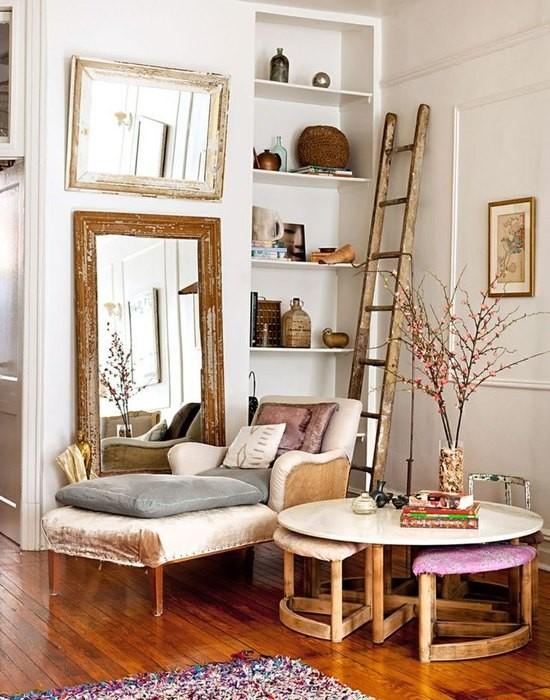 Причины, по которой стоит выкинуть диван из малогабаритки: [b] Причина №9:[/b] диван не обладает повышенной мобильностью.    Элегантная оттоманка    Оттоманка позволяет использовать один