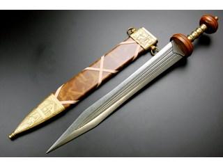 Гладиус, короткий меч Римлян, принёсший им власть над миром