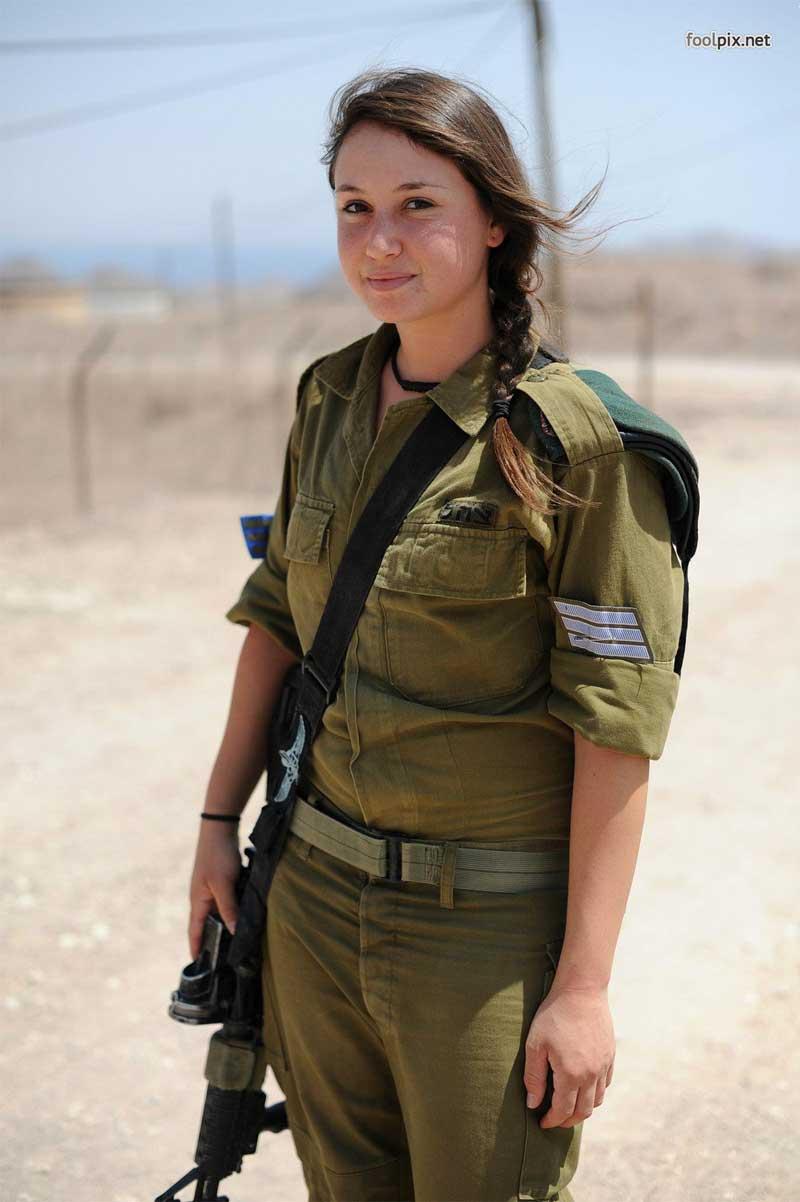 Девушки на службе в армии фото 57