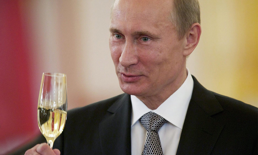 Путин поздравил коллег-президентов с Новым годом, отметив потепление отношений