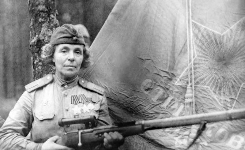 Снайпер Петрова Нина Павловна — полный кавалер ордена Славы
